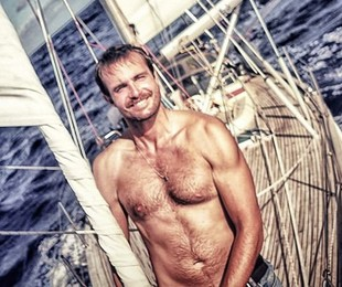 Max Fercondini no seu barco | Reprodução/ Instagram