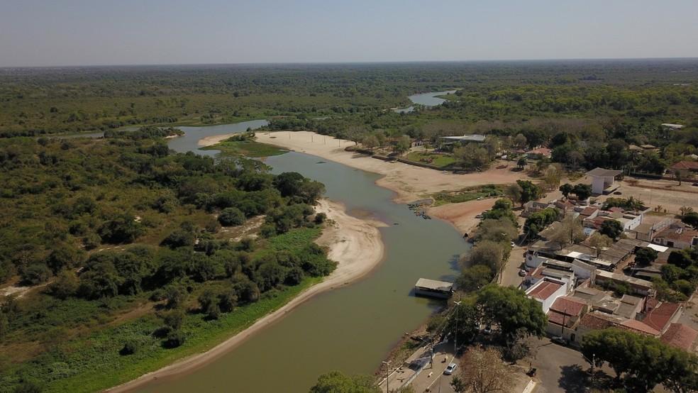Maior seca registrada nos últimos 50 anos deixa Rio Paraguai em situação crítica e ameaça abastecimento de água em Cáceres — Foto: Ronivon Barros