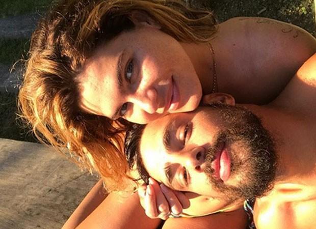 Mariana Goldfarb e Cauã Reymond (Foto: Reprodução)