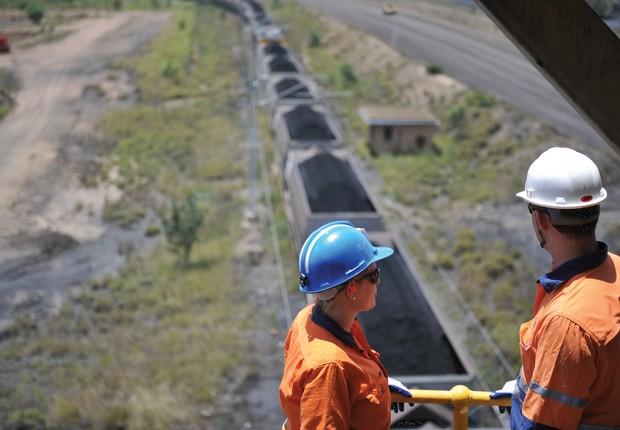 Trabalho de prospecção e mineração da Anglo American (Foto: Divulgação)
