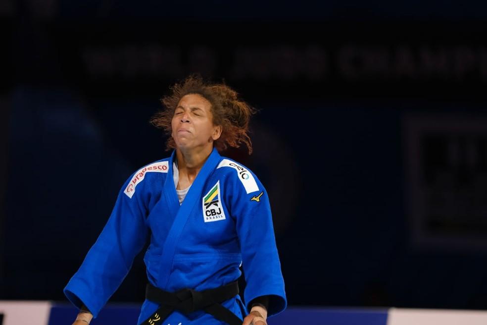 Rafaela Silva se emociona ao vencer francesa e conquistar bronze no Mundial de Judô — Foto: Roberto Castro / rededoesporte.gov.br