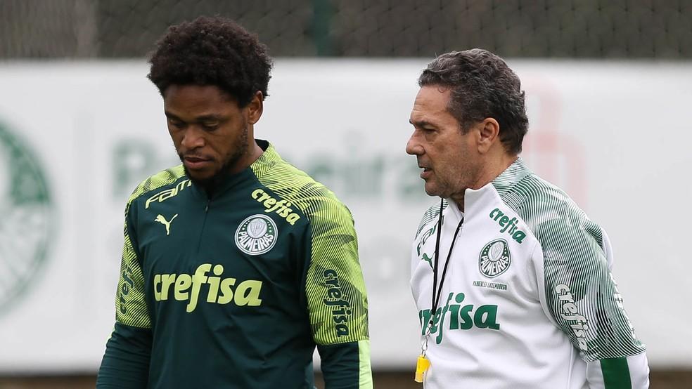Luxemburgo não pretende liberar Luiz Adriano — Foto: Cesar Greco/Ag. Palmeiras