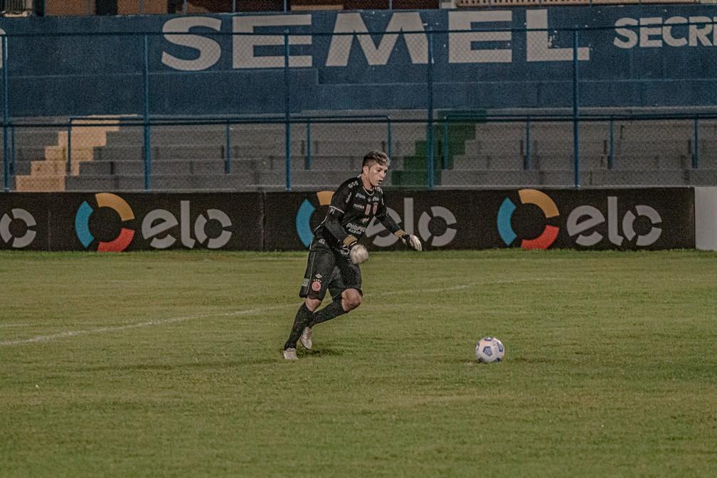 Jaílson, goleiro do 4 de Julho — Foto: Aldo Carvalho