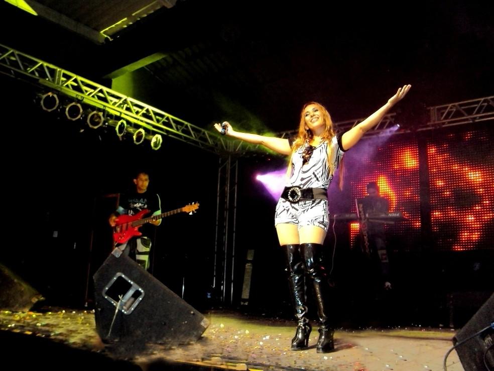 -  Banda Fruto Sensual será uma das atrações do 'Oficial Retrô', nesta quinta-feira  7 , em Belém  Foto: Divulgação