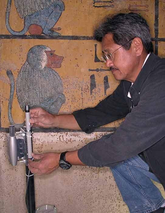 Avalições científicas da tumba (Foto: Divulgação/Getty Trust/Lory Wong)