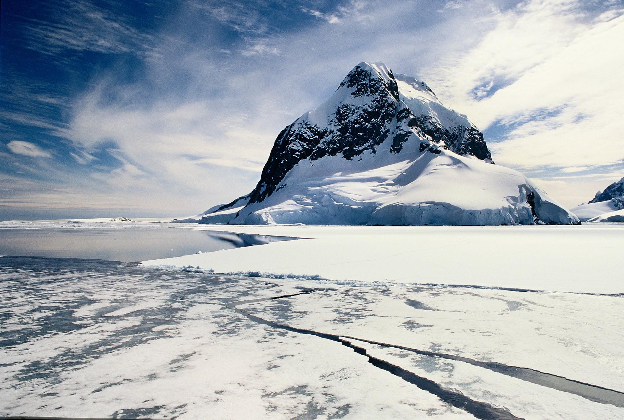 2020 é oficialmente o ano mais quente na Península Antártica das últimas três décadas (Foto: GRID-Arendal/Creative Commons)