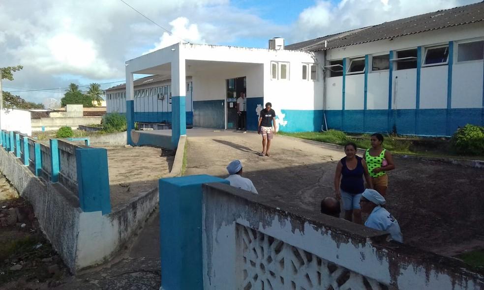 Hospital de Canguaretama foi interditado após inspeção da Vigilância Sanitária — Foto: Julianne Barreto/Inter TV Cabugi