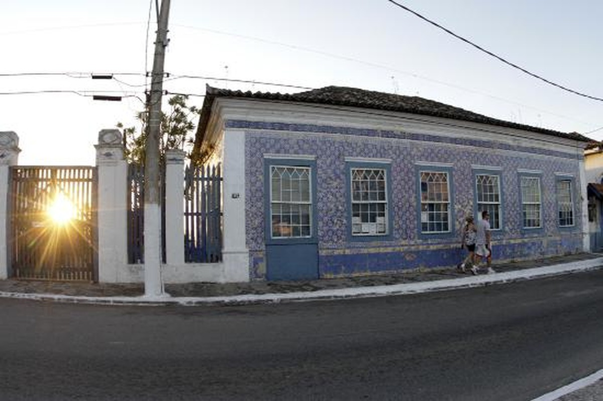 Casa dos Azulejos, em São Pedro, RJ, tem sarau e sessão de autógrafos neste sábado