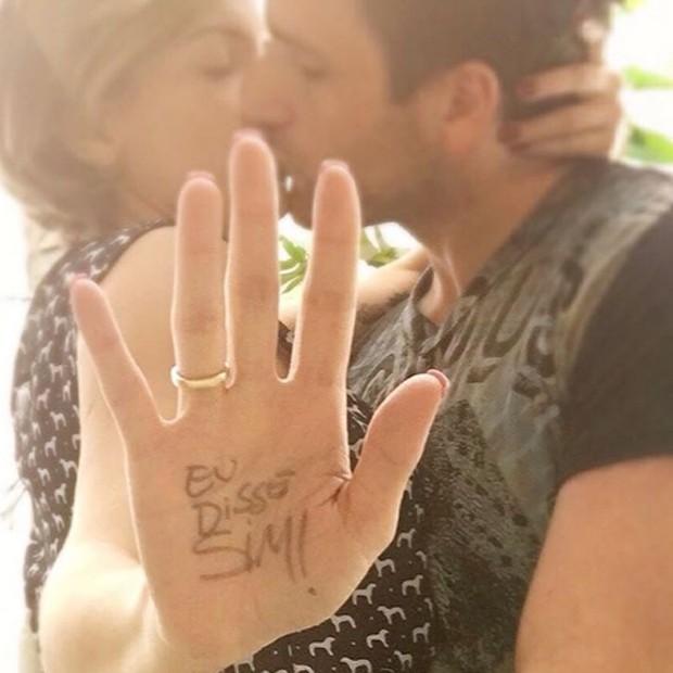 Os noivo Renata e Daniel (Foto: Reprodução/Instagram)
