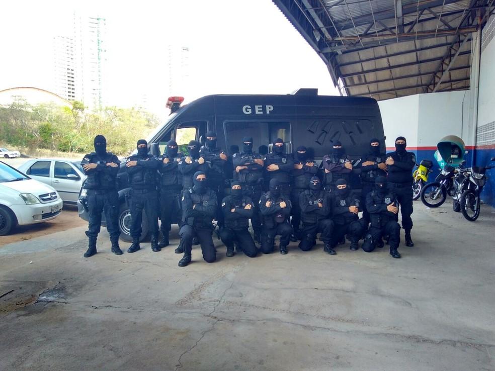 Agentes da Escolta Penal do Rio Grande do Norte estão em estado de greve desde o último dia 13 (Foto: Marksuel Figueredo/Inter TV Cabugi)