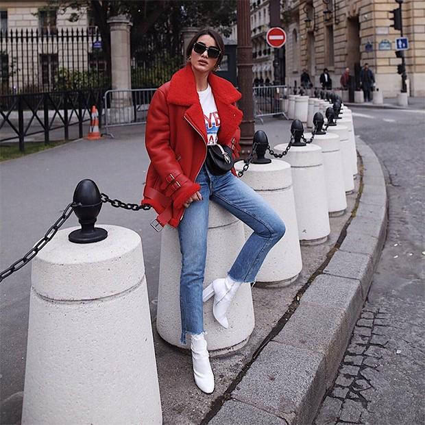A bota estilo meia diretamente do street style (Foto: Instagram / Camila Coelho)