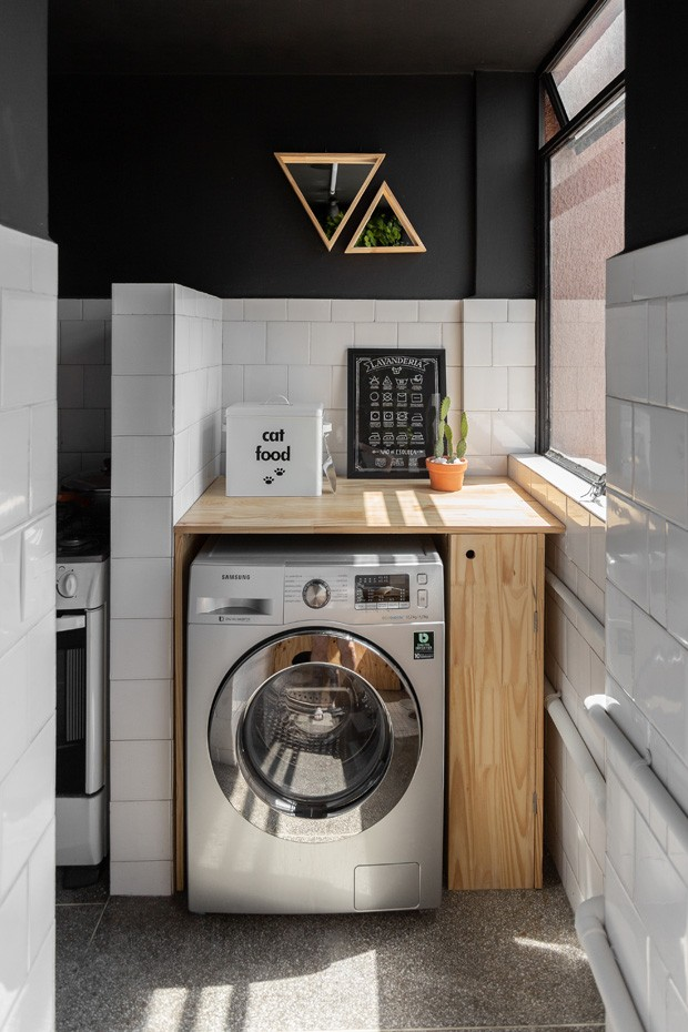 Décor do dia: lavanderia compacta para apartamento pequeno (Foto: Matheus Iltchenchen)
