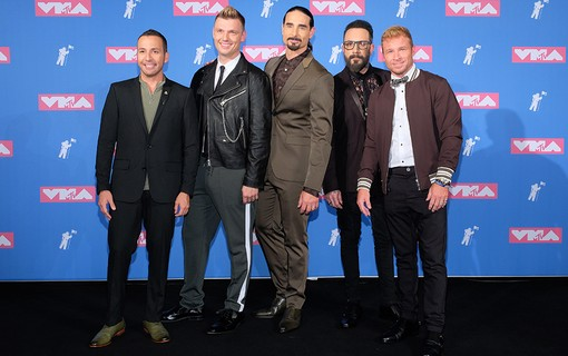 Howie Dorough, Nick Carter, Brian Littrell, AJ McClean e Kevin Richardson