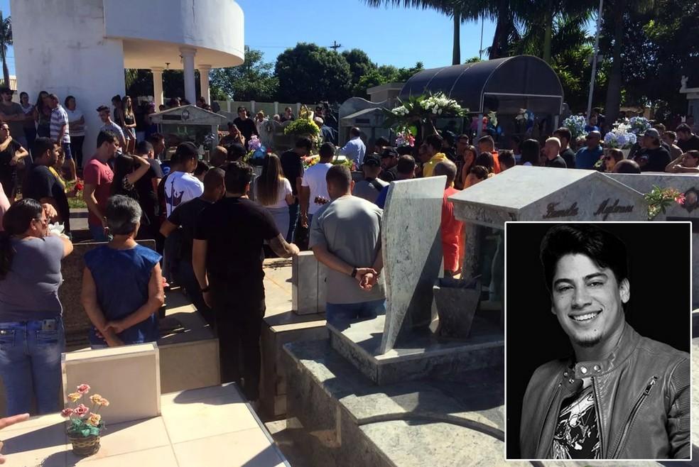 Cantor foi enterrado na manhã desta terça-feira (3), em Santa Salete (SP) — Foto: Marcos Lavezo/G1 e Divulgação