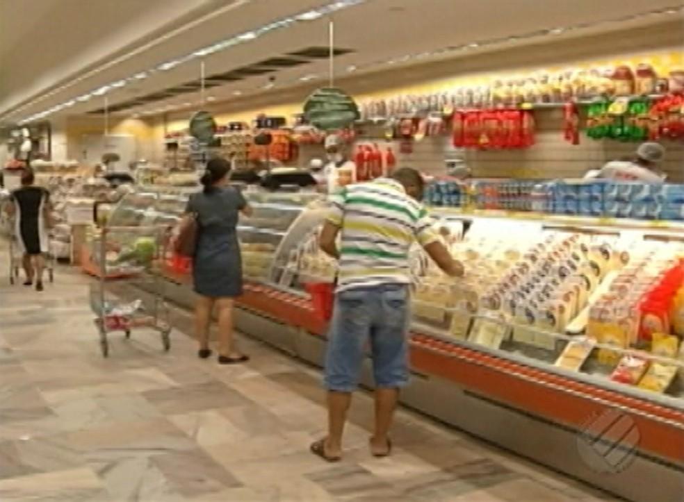 -  Supermercados de Belém poderão funcionar aos domingos e feriados civis e religiosos  Foto: Reprodução/TV Liberal
