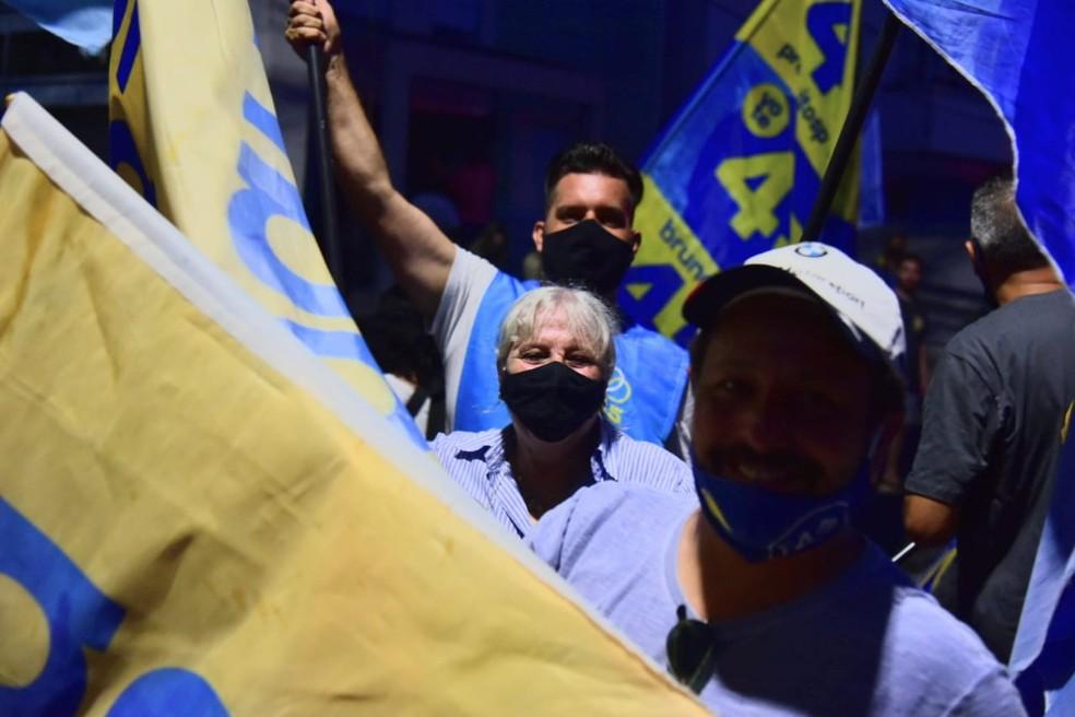 Apoiadores de Bruno Covas (PSDB) celebram vitória  — Foto: Fabio Tito/G1