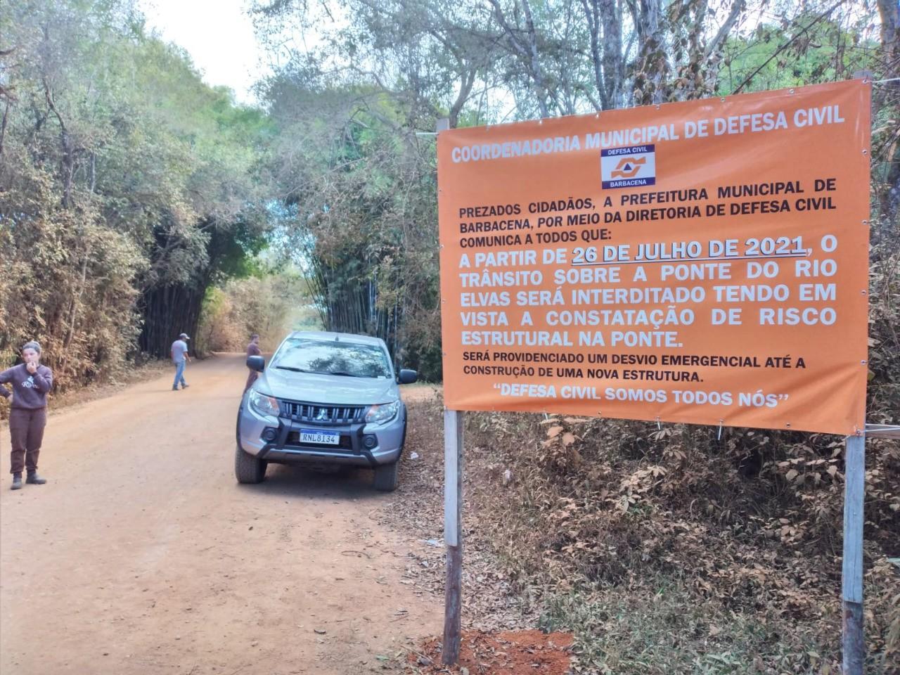 Após interdição de ponte entre Barbacena e São João del Rei, obras de reconstrução são iniciadas