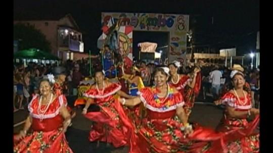 Em Marapanim, foliões curtem carnaval ao som do carimbó