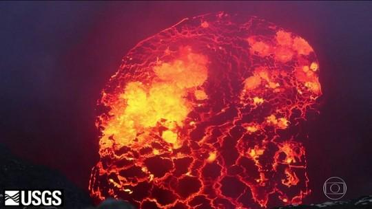 Imagens de satélite da Nasa mostram área atingida por lava de vulcão no Havaí