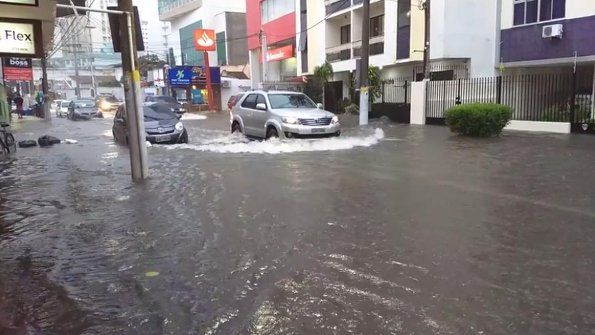 Campos, RJ, registra 111 mm de chuva em 24 horas, mais que o esperado para toda a semana