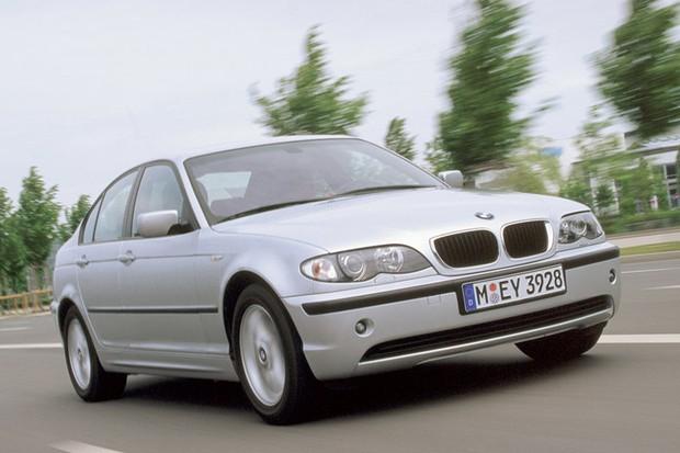 BMW realiza o recall de 220 mil unidade do Série 3 fabricadas entre 2002 e 2003  (Foto: Divulgação)