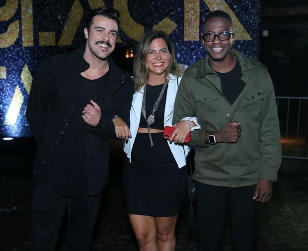 Joaquim Lopes, Carol Sampaio e Mumuzinho (Foto: Daniel Pinheiro/AgNews)