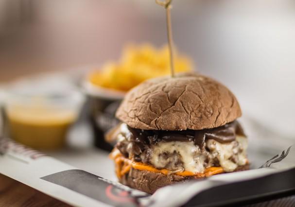 Hambúrguer do The Black Beef (Foto: Divulgação)
