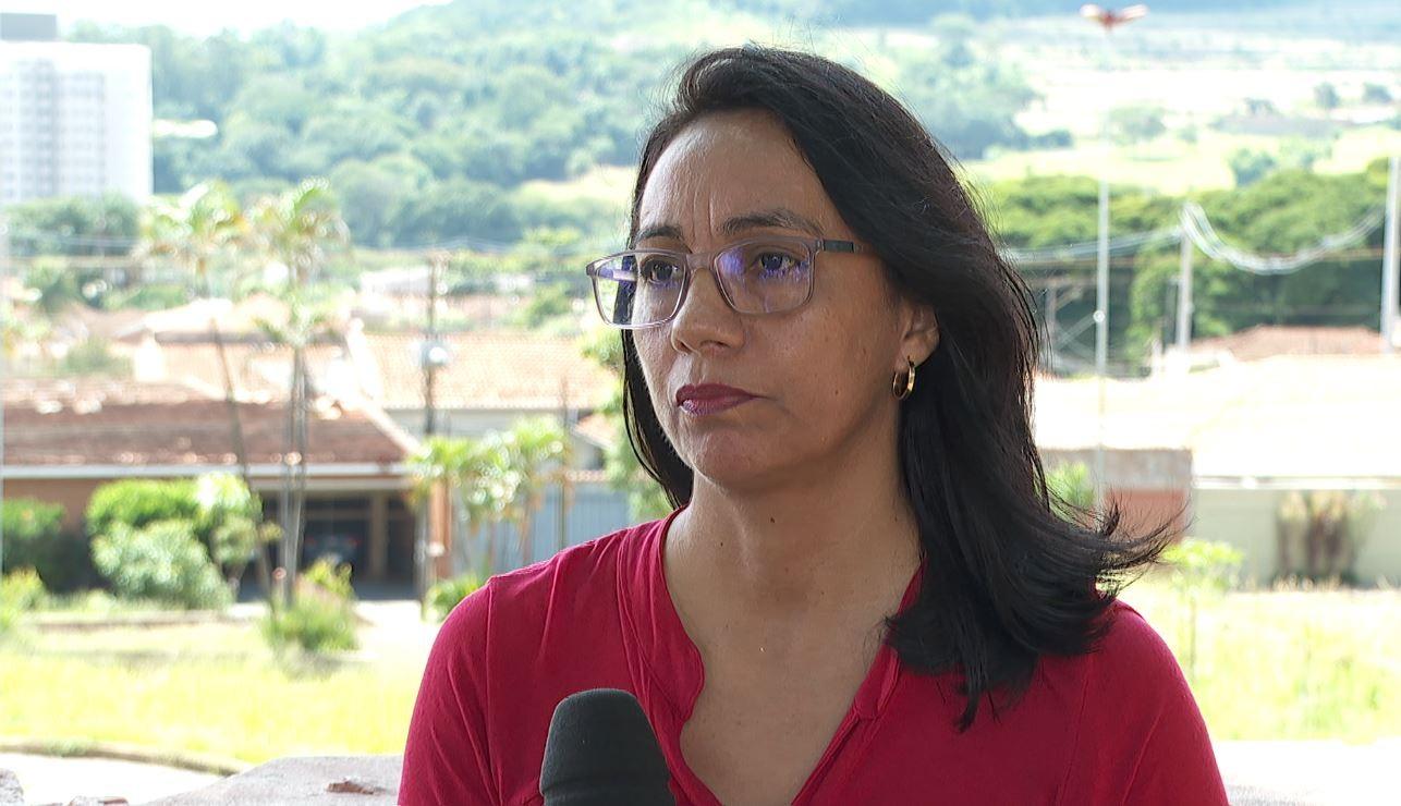Kits com EPIs são insuficientes para profissionais no HC de Ribeirão Preto, diz delegada sindical