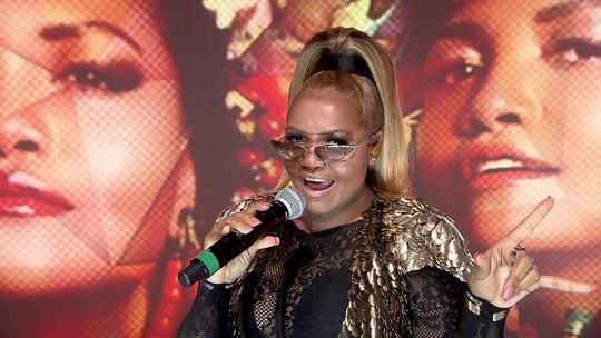Gaby Amarantos apresenta sua nova música, 'Sou + Eu', no Fantástico
