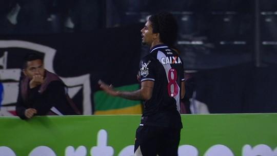 Revista divulga Top-10 de ranking de promessas, e Douglas Luiz é o sétimo