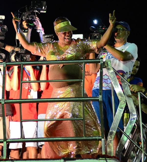 Márcio Victor se vestiu de Ivete Sangalo (Foto: AgNews / Webert Belício)