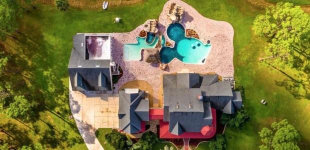 A casa está à venda por 849 mil reais (Foto: Treasure Coast Sotheby's International Realty/ Reprodução)