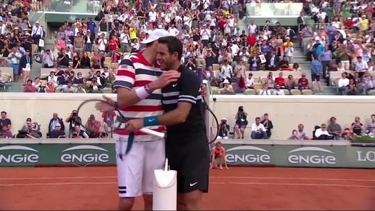Sério, simpático, tranquilão: o estilo dos tenistas em Roland Garros