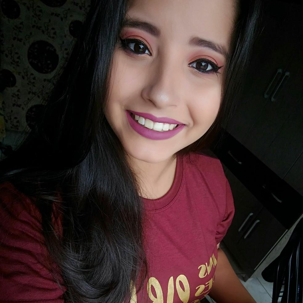 Ianne Lanna de Souza Rocha, de 27 anos, viajava com o marido quando sofreu o acidente na BR-174 — Foto: Facebook