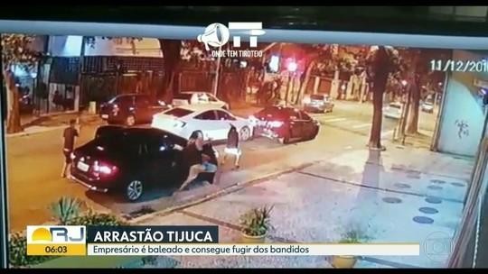 Empresário sobrevive após carro ser metralhado por 10 homens no RJ