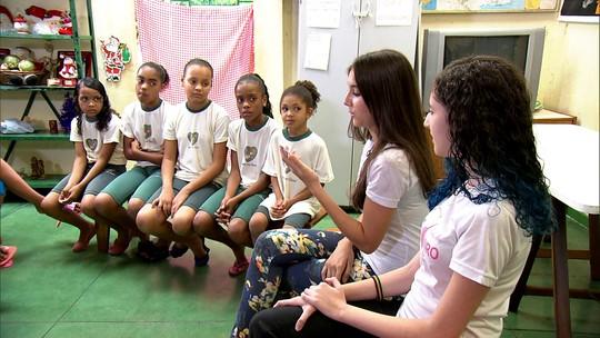 Projeto 'Fadas dos Livros' leva literatura para crianças carentes