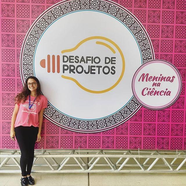 Juliana Davoglio Estradioto em Desafio de Projetos para Meninas na Ciência (Foto: Reprodução/Instagram)