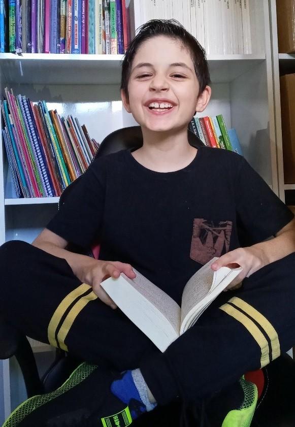 Menino de nove anos escreve livro durante a quarentena em Novo Hamburgo