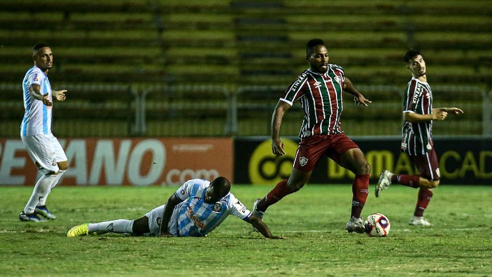 Volta de Luccas Claro já deu maior segurança ao setor defensivo — Foto: Lucas Marçon / Fluminense FC