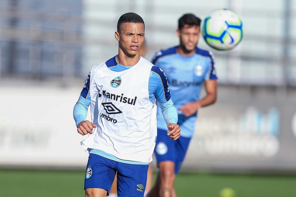 Darlan segue entre os titulares no Grêmio — Foto: Lucas Uebel/Grêmio