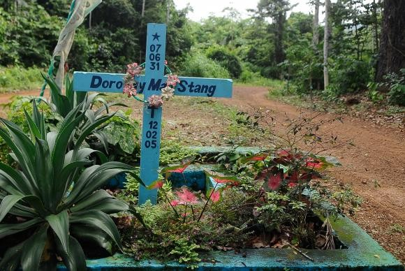 Túmulo da religiosa Dorothy Stang (Foto: Wikimedia Commons )