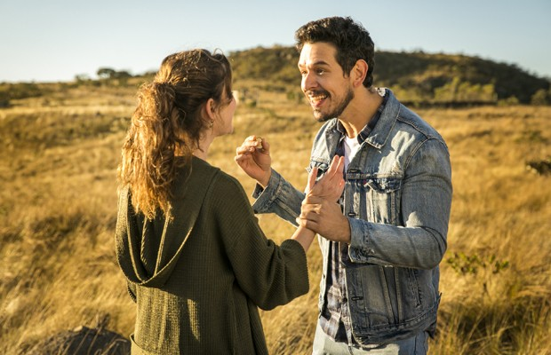 Alinne Moraes e João Vicente de Castro (Foto: João Miguel Júnior/TV Globo)