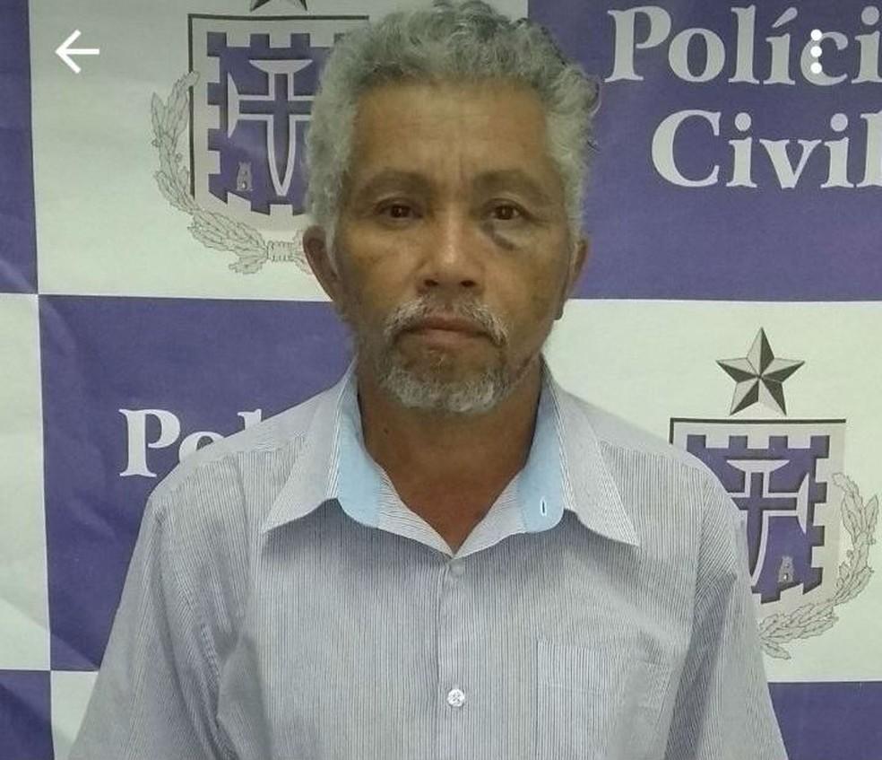Homem foi preso suspeito de matar a ex a facadas na Bahia (Foto: Divulgação/Polícia Civil)