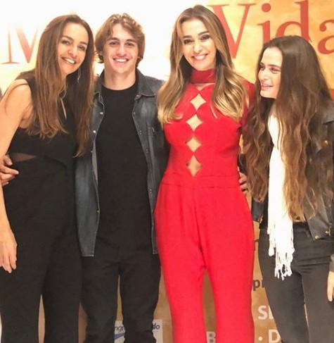 Lucas Capri com a família (Foto: Reprodução Instagram)