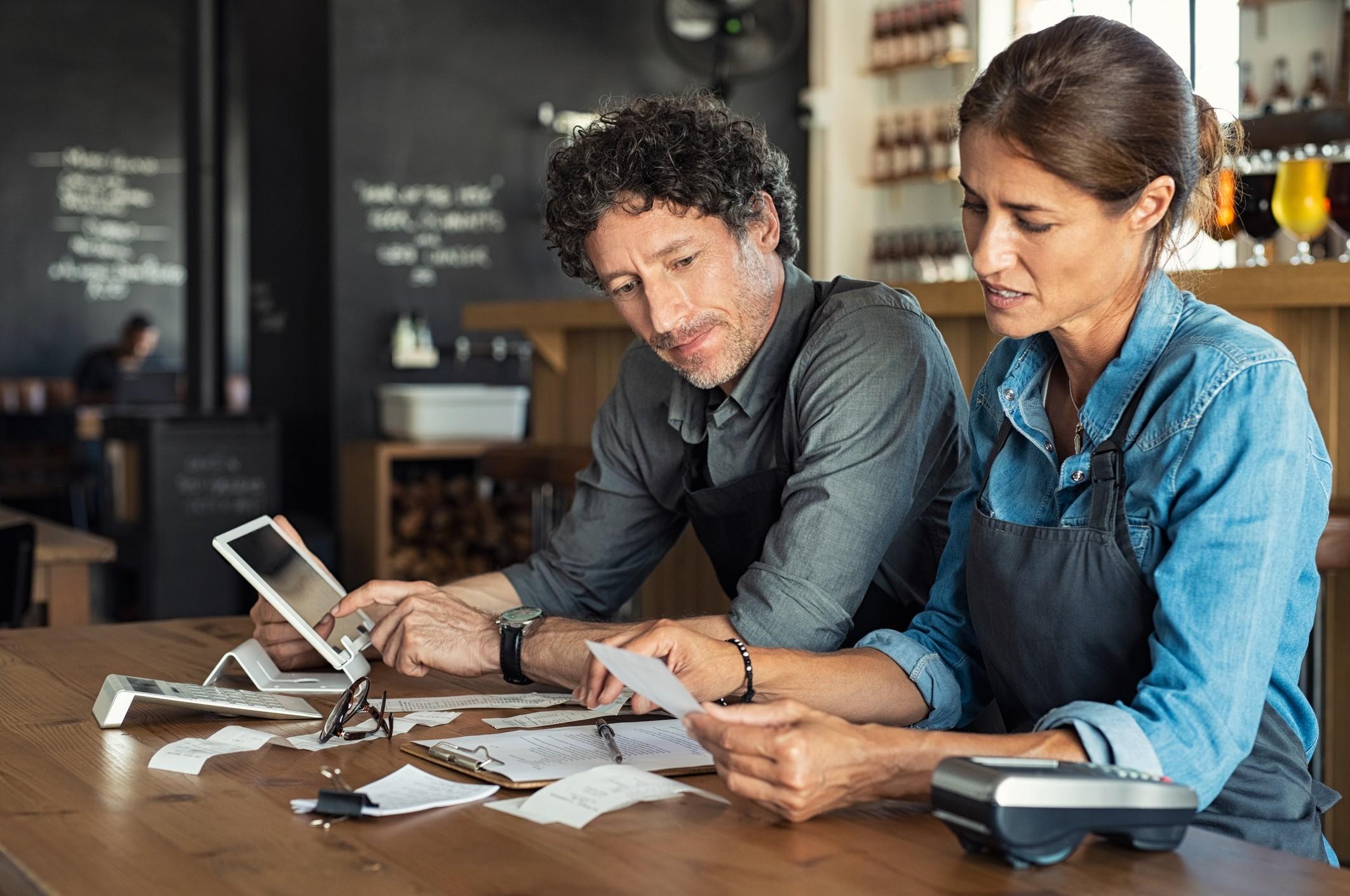 Cuidados na escolha de fornecedores ajudam a minimizar certos custos (Foto: Getty Images)