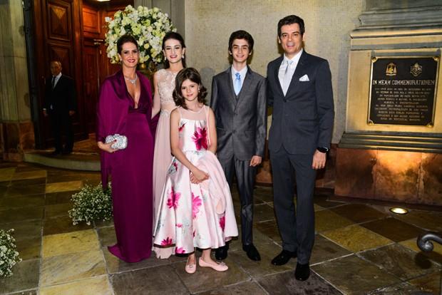 Celso Portiolli e a família (Foto: Leo Franco/AgNews)