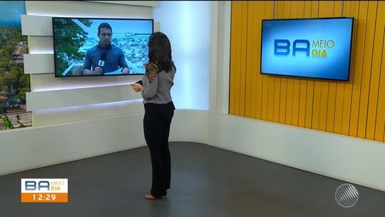 Bandidos armados rendem e roubam dinheiro e celulares de moradores e turistas que aguardavam balsa no sul da Bahia
