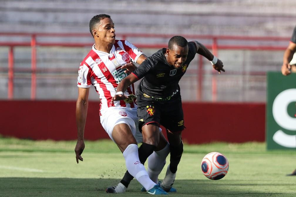 Náutico e Sport estão na briga pela classificação: futuro das duas equipes será definido na última rodada da primeira fase — Foto: Marlon Costa/ Pernambuco Press