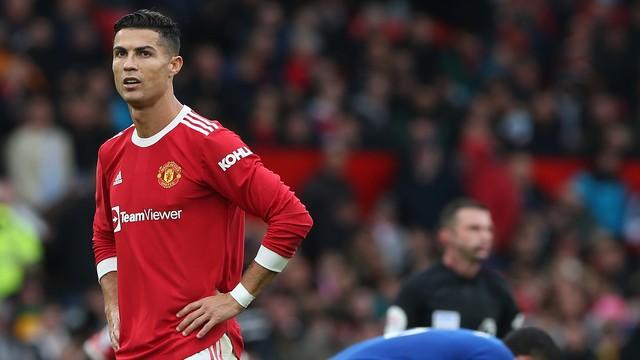 Cristiano Ronaldo saiu do banco e não conseguiu impedir tropeço do United