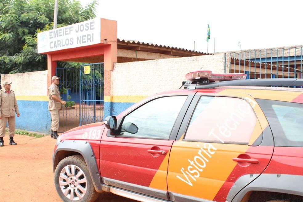 Escola interditada atende 480 alunos em Guajará-Mirim — Foto: Fabiano do Carmo/G1